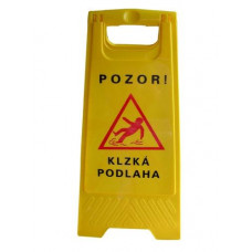 Pozor mokrá podlaha